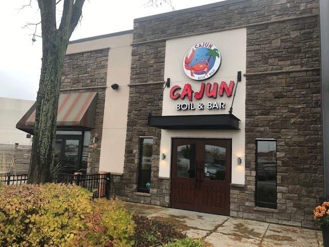 Cajun Boil Bar Opens At Louis Joliet Mall Joliet Il Patch