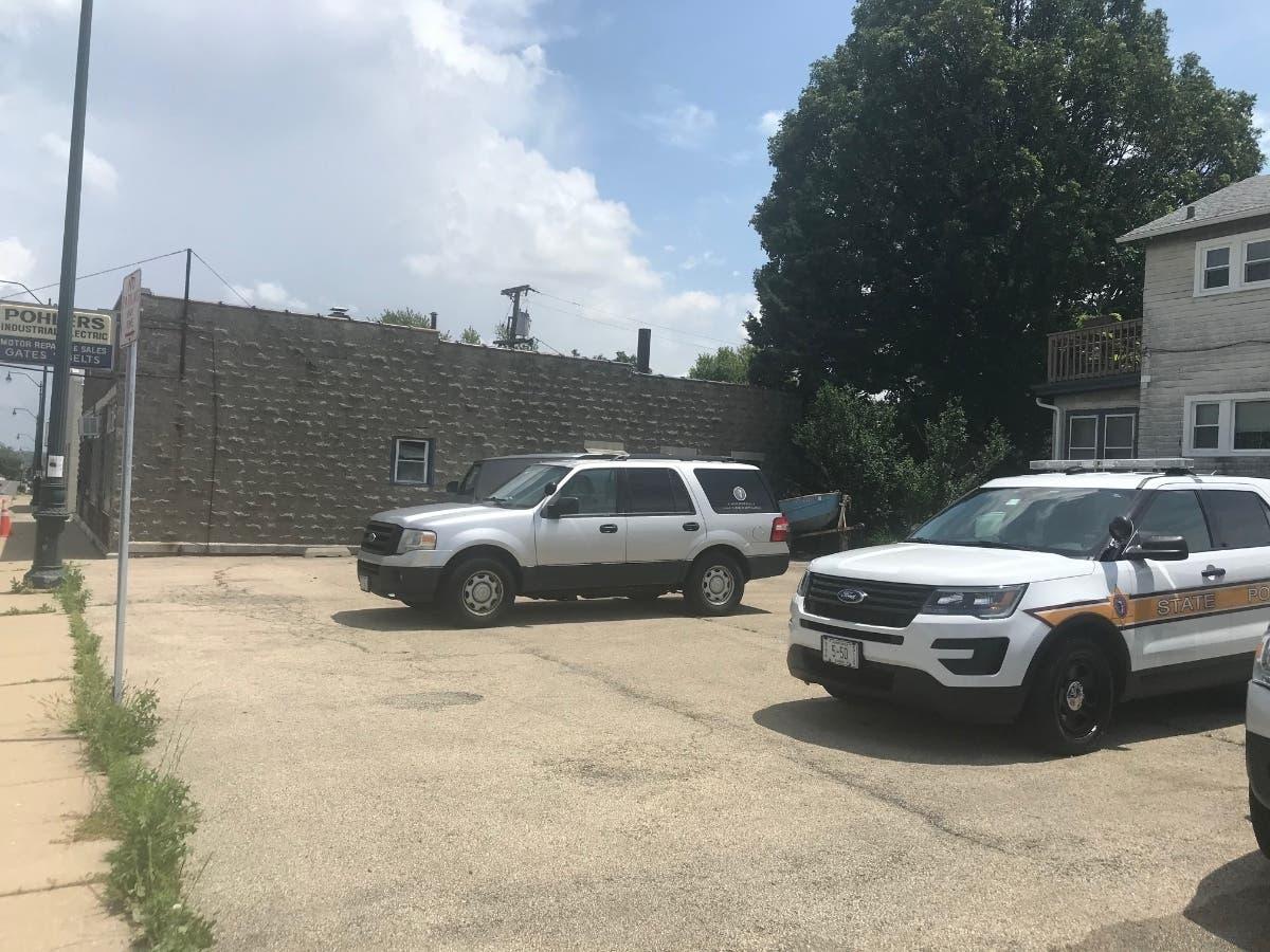 Manhattan Il Christmas On State 2020 Carl Gordon Homicide: State Police Raid Ruby St. Building | Joliet