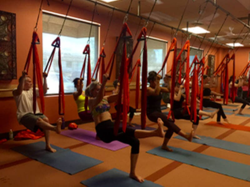 Desert Yoga Studio Offers Free Classes To Federal Employees