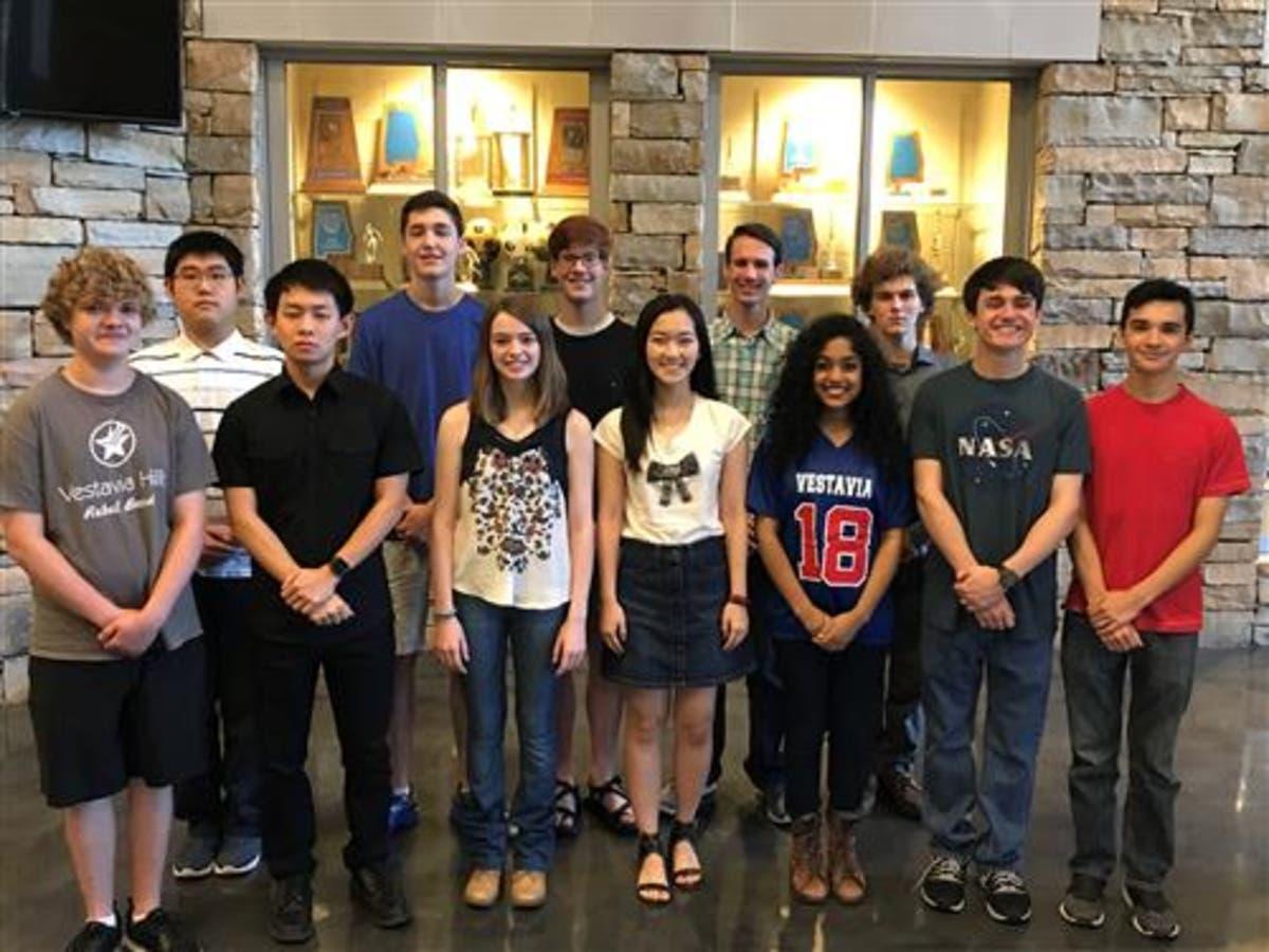 12 Vestavia Hills High Schools Students Named National Merit