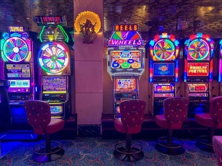 casino royale metacritic Slot Machine