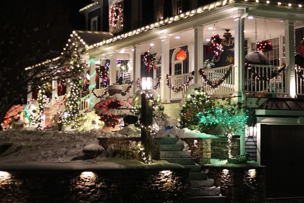 Burlington Ma Christmas Lights 2020 The Best Holiday Lights In Burlington | Burlington, MA Patch