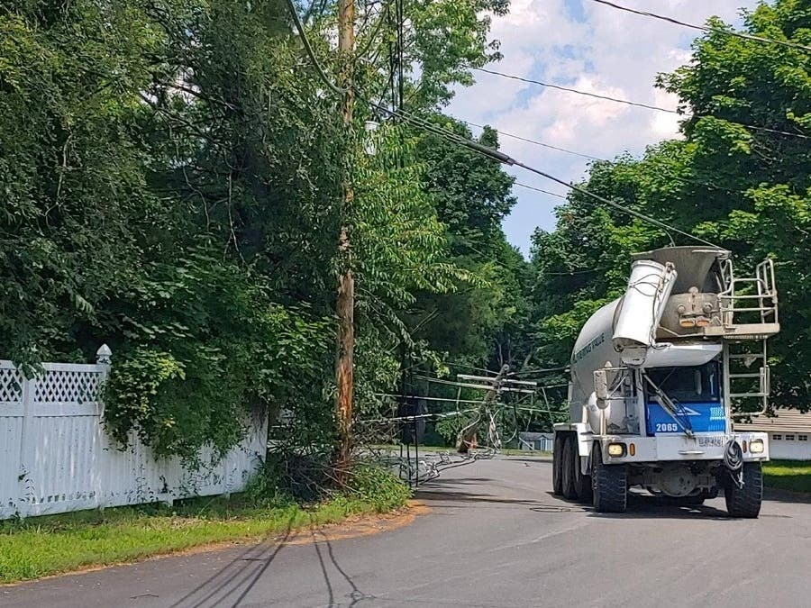 Peabody Crash Leaves 300 Without Power | Peabody, MA Patch
