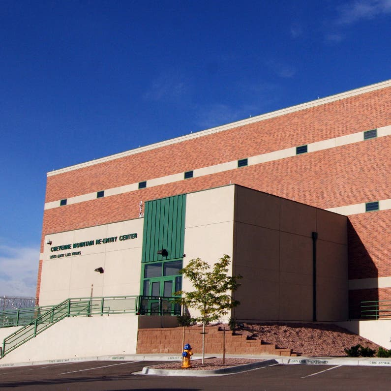 Inmate Killed At Colorado Springs For-Profit Prison : CDOC