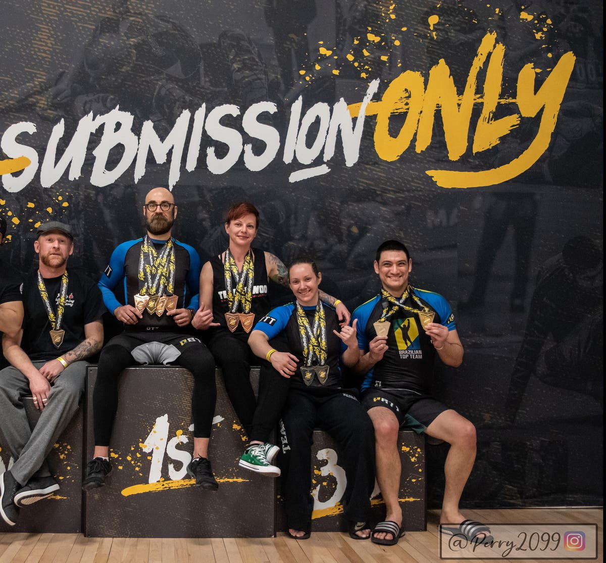 5 Team Woo Brazilian Jiu Jitsu Fighters Bring Home 11 medals