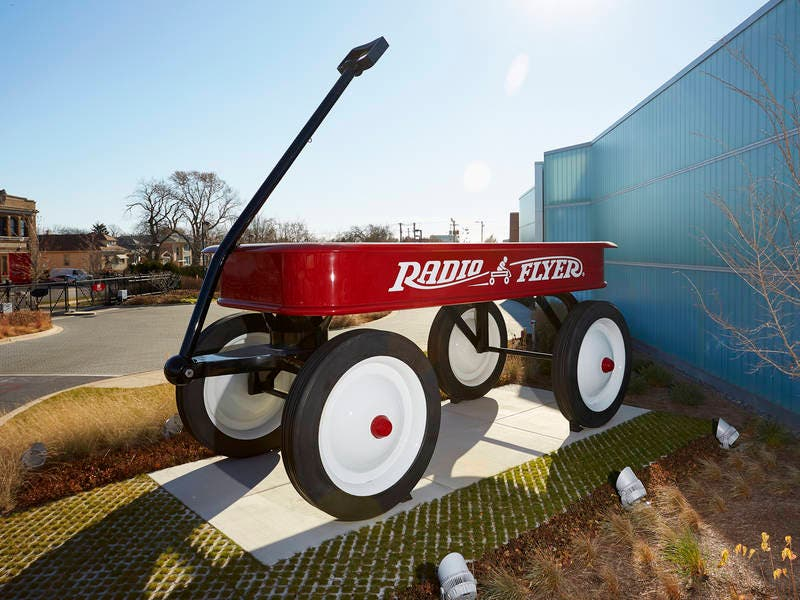 Chicagos Giant Wagon Named In Guinness World Records 2019