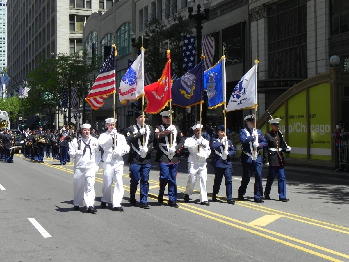 Chicago Memorial Day Parade 2019 When And Where To Watch It