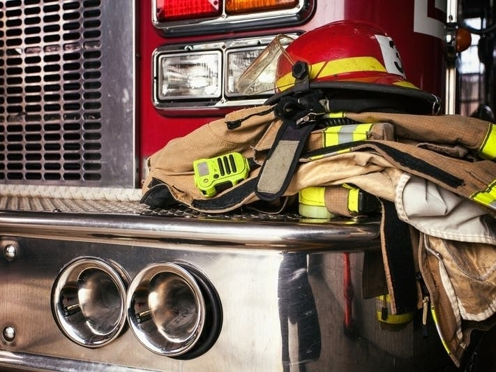 Arvada Firefighters Rescue Cat From Tree Arvada Co Patch
