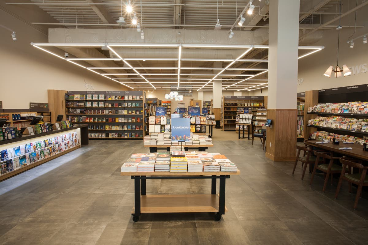 Barnes & Noble Legacy West: A New Concept Store Comes To Plano ...