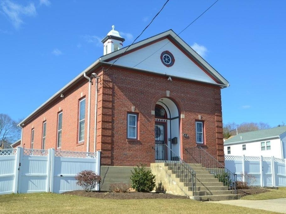 Look Inside: Waltham Church Becomes Spacious Home