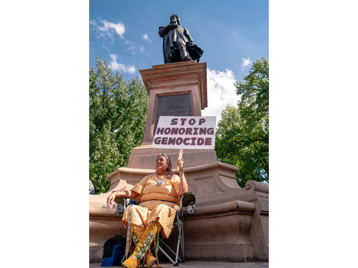 Tower Grove Park Removes Christopher Columbus Statue