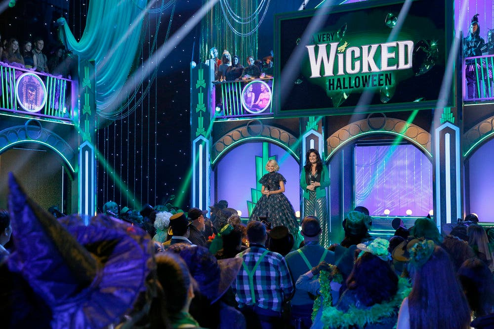 Perfect Wickedu0027 On Broadway Turns 15 With Halloween Concert (PHOTOS ...