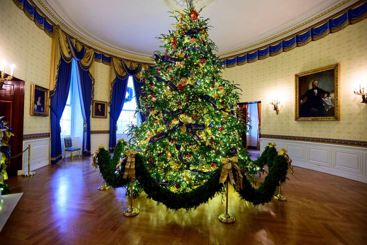 Melania Trump Previews White House Christmas Decorations: Photos