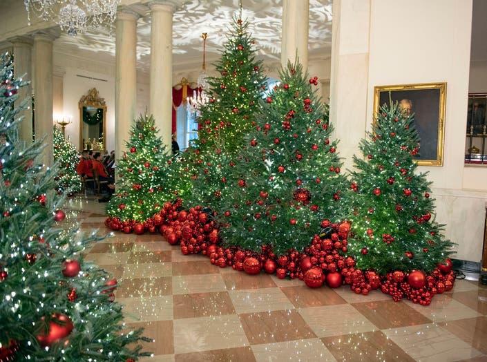 Melania Trump Previews White House Christmas Decorations Photos