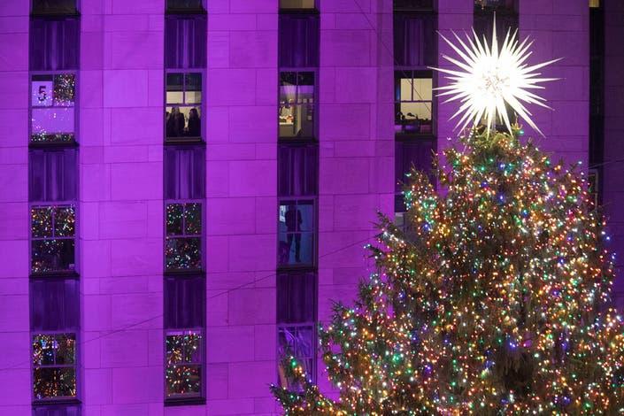 Photos Rockefeller Center S Christmas Tree Lighting New York City