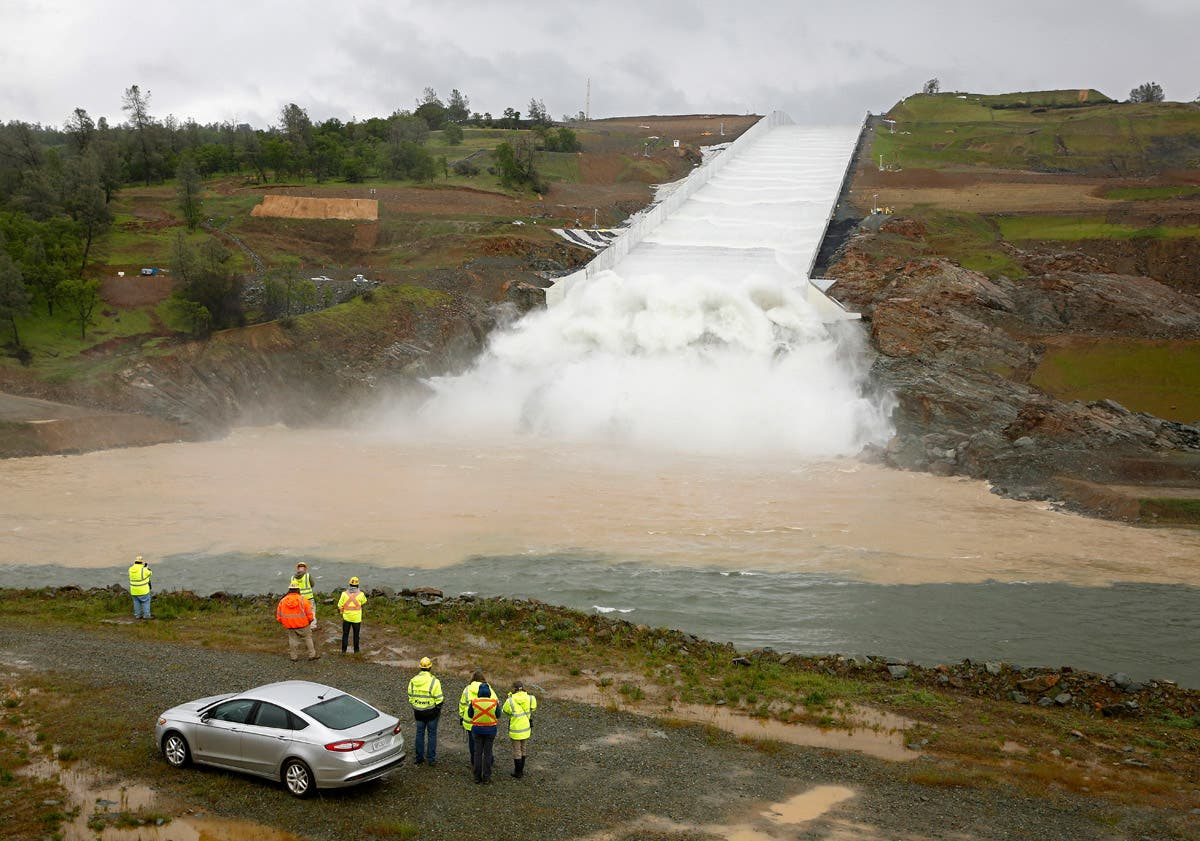 Photos: Oroville Dam Spillway Used For First Time Since