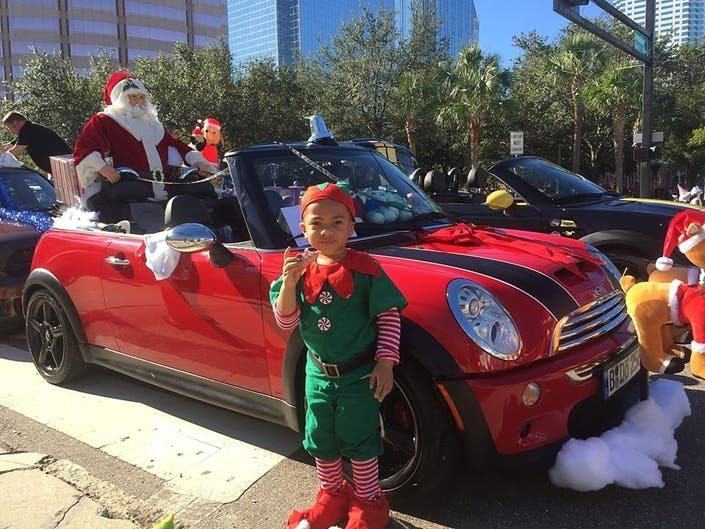 Santa Claus Is Coming To Tampa Town