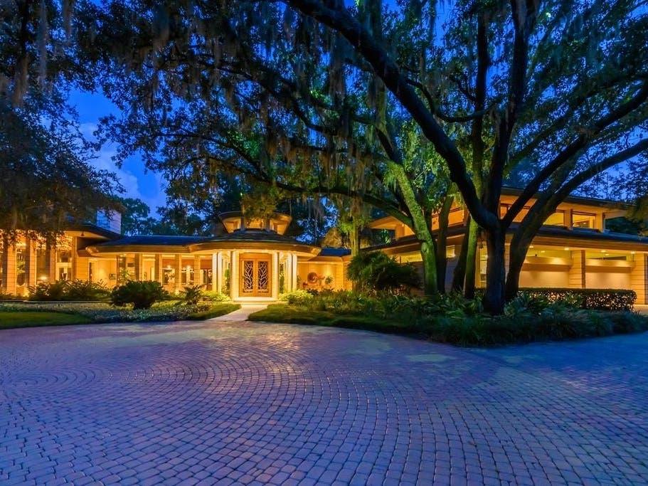 Frank Lloyd Wright-Inspired Estate Selling For $8.5 Million