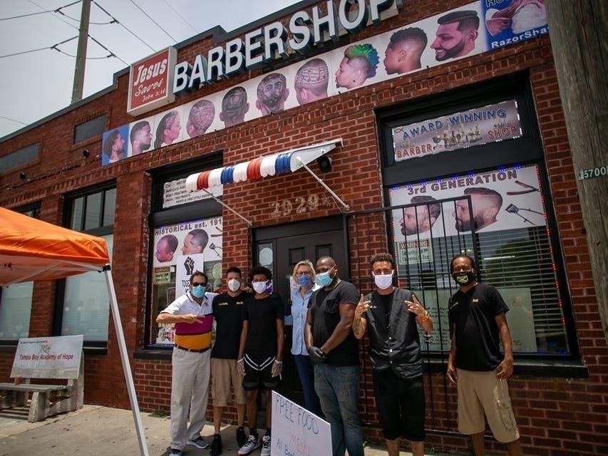 barbershop   01141845830.'