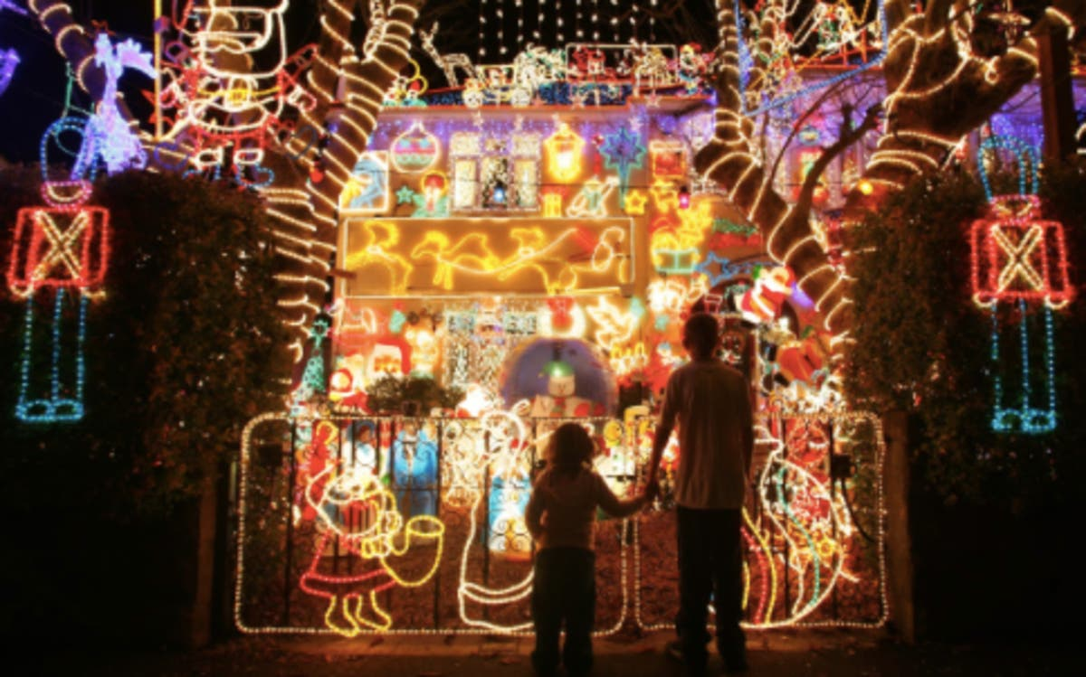 Christmas Light Displays Near Me.11 Christmas Light Displays To See In Metro Detroit Novi