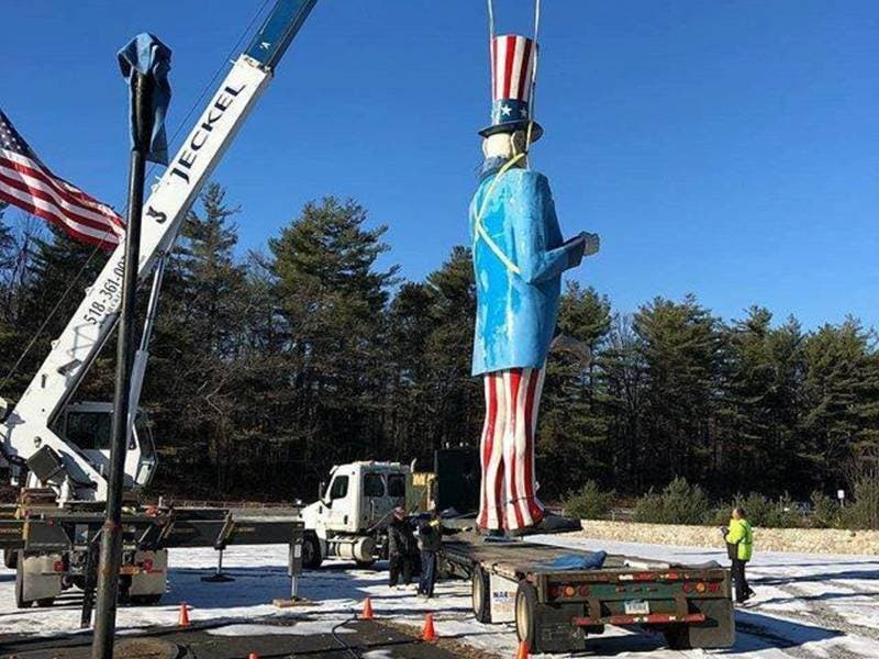 Uncle Sam is On His Way Home to Danbury
