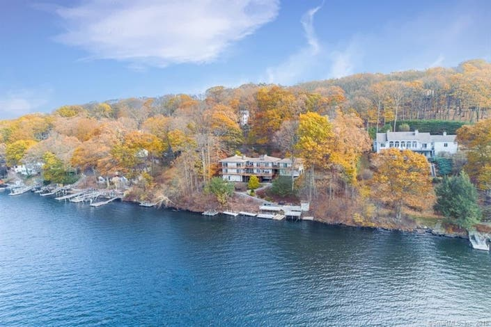 Here S Your Waterfront Home In Danbury Danbury Ct Patch