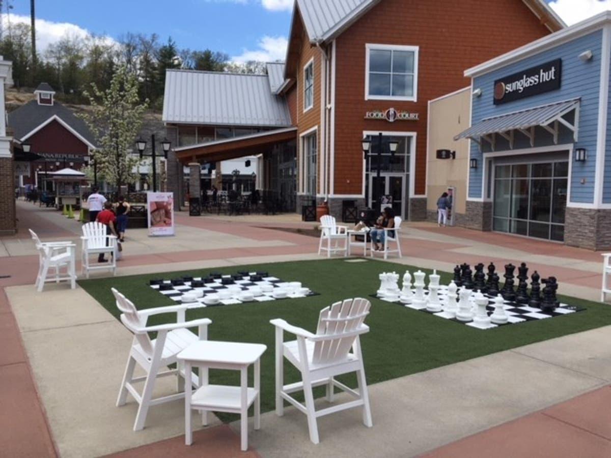 Merrimack Premium Outlets Celebrates Memorial Day Weekend
