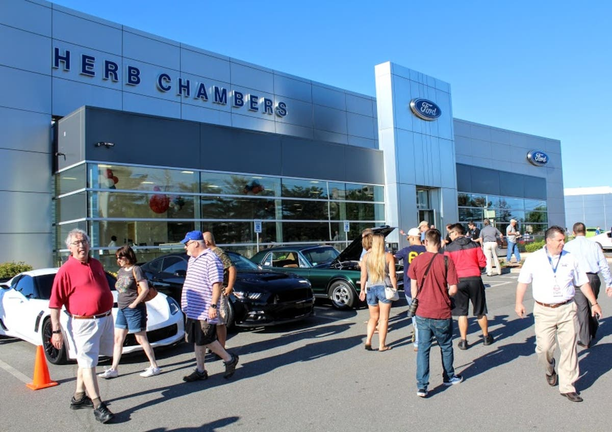 Herb Chambers Westborough >> Herb Chambers Hosts Cars Coffee In Westborough