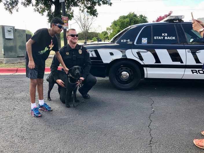 Red Roof Hosts Healing Amp Hailing Bbq For Round Rock Police