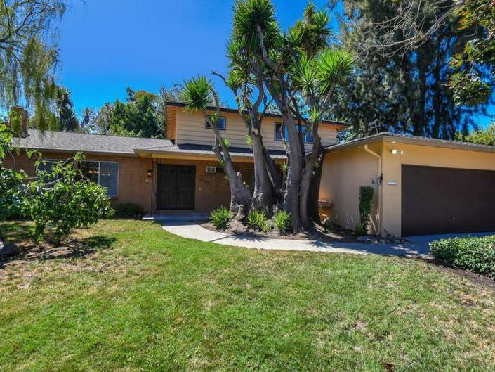 5 New Mountain View Area Properties For Sale