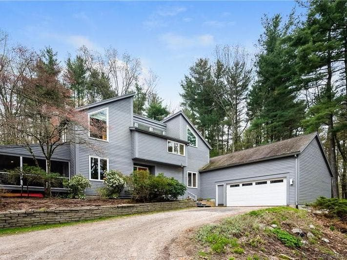 5 Open Houses In The Simsbury Area