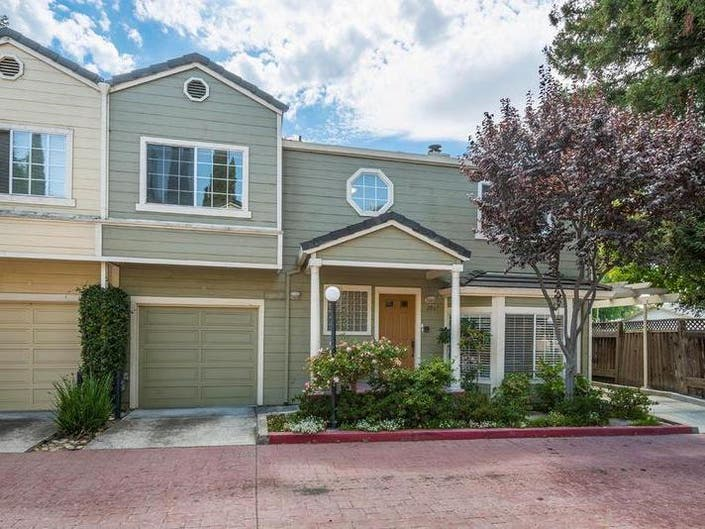 5 New Homes For Sale In The Mountain View Area