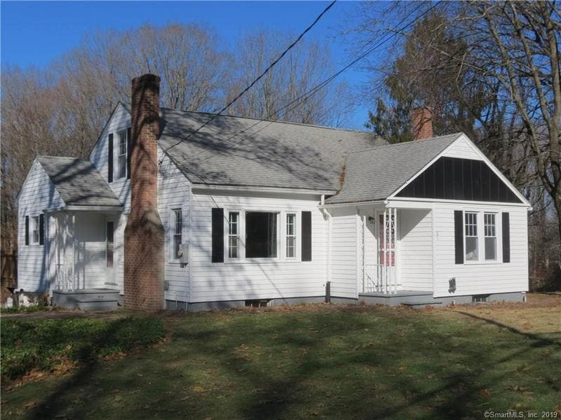 5 New Homes For Sale In The Simsbury Area