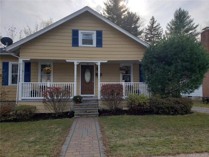 5 New Houses For Sale In The Windsor Area