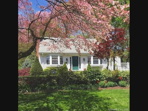 West Hartford: Check Out 5 Nearby Homes For Sale