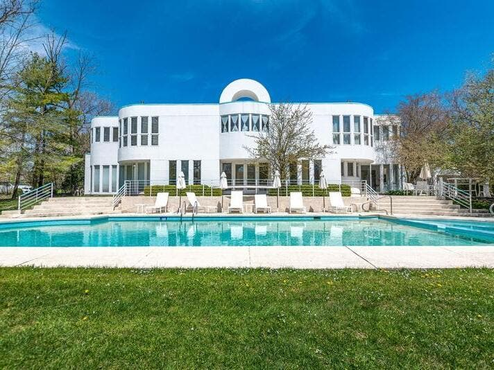 Highland Park: Check Out 5 Nearby Homes For Sale