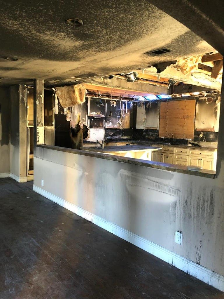 Despite Kitchen Fire San Carlos House Hits Market For 1 6m