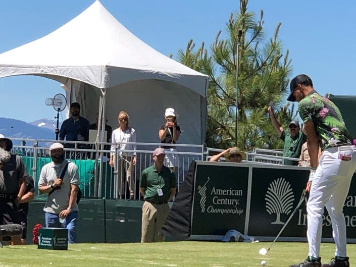 Warriors Curry Makes Celebrity Golf Championship Star Showing