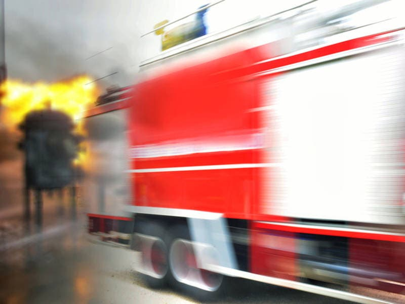 Structure Fire Quickly Doused In Redwood City Early Monday