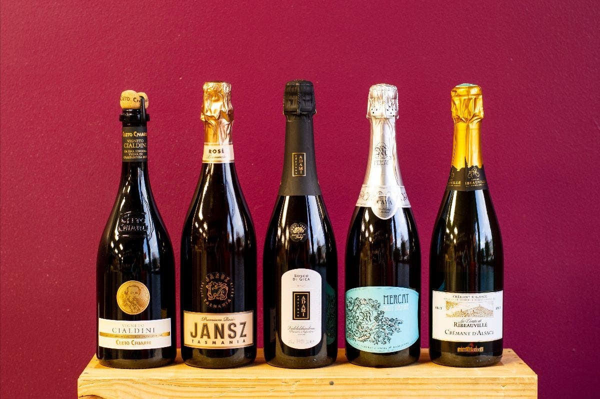 Dec 6 | Vinous Reverie Presents: Sparklers from Around the