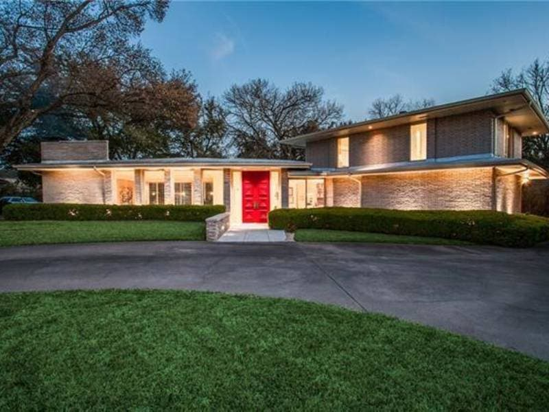 Large Mid-Century Modern Home For Sale In Dallas