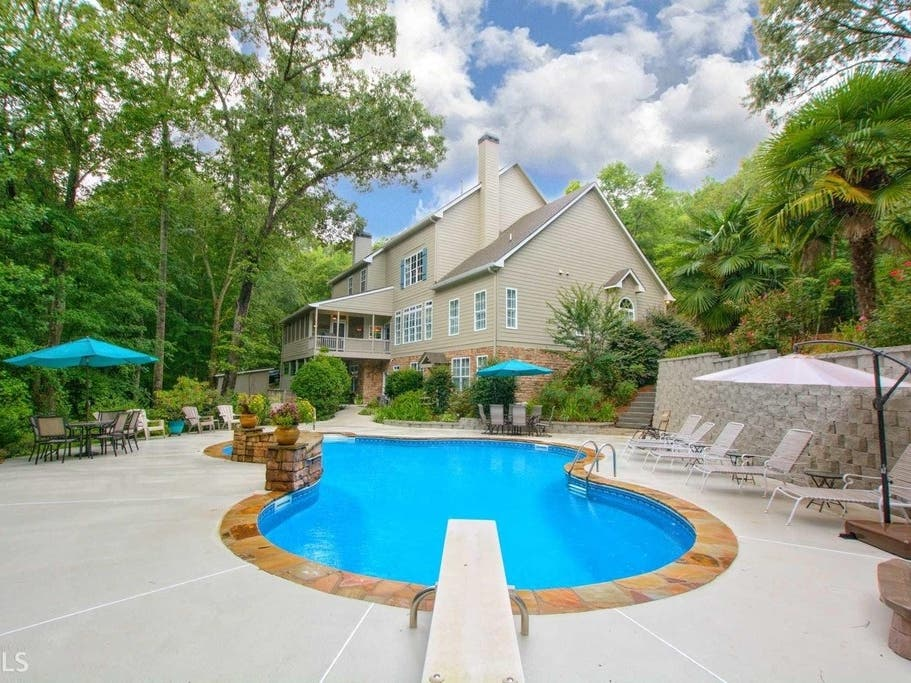 Home With Swimming Pool, Diving Board For Sale In Winston