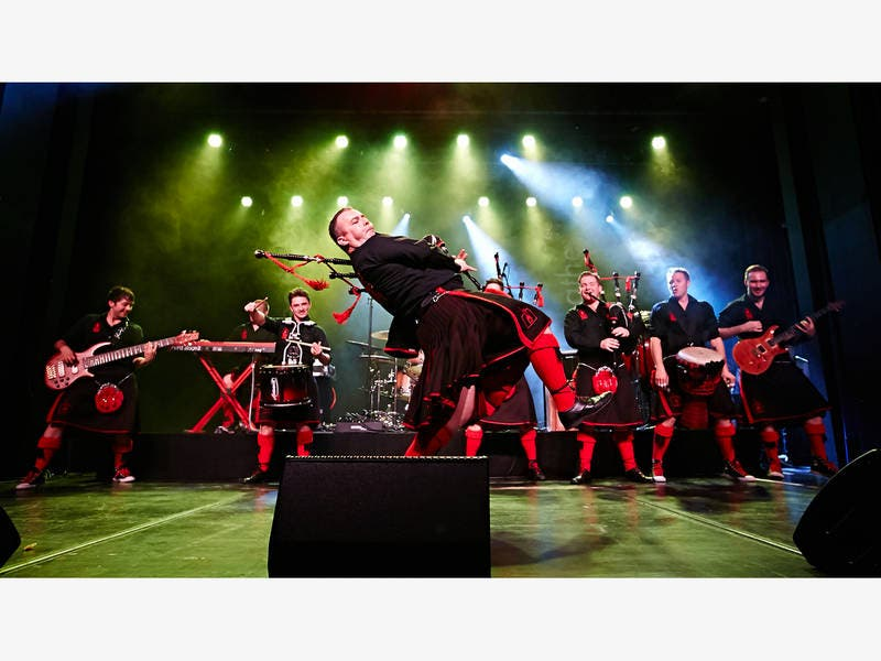 Red Hot Chilli Pipers Bagpipe Band To Perform On Long Island