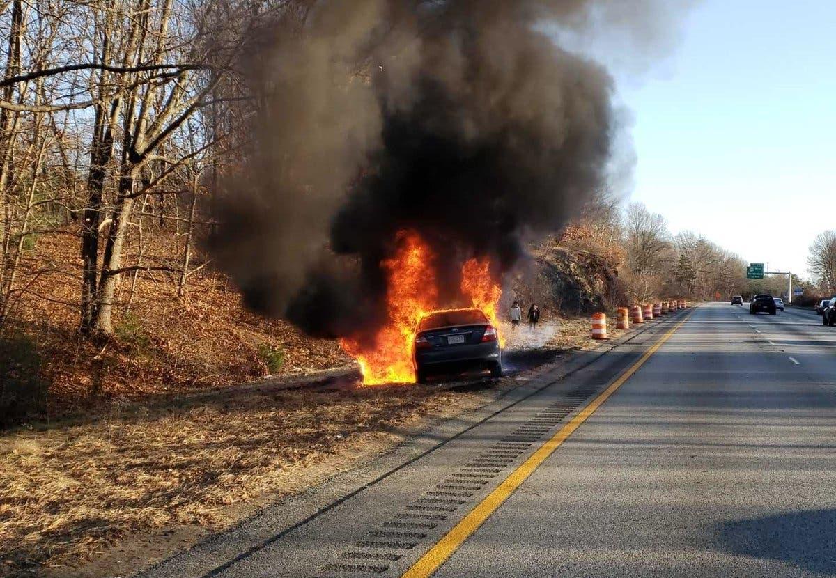 Car Fire Closes Lanes On Rte 495 | Marlborough, MA Patch