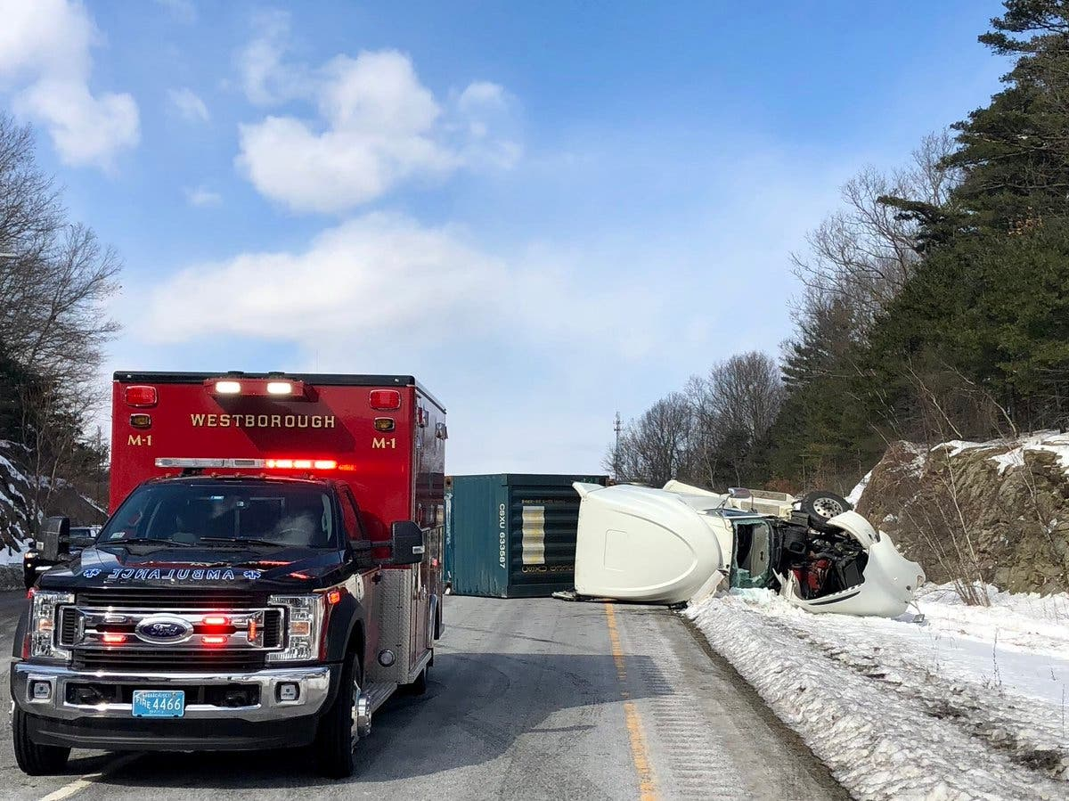 Lanes Reopened On I-495 Open After Tractor-Trailer Rollover