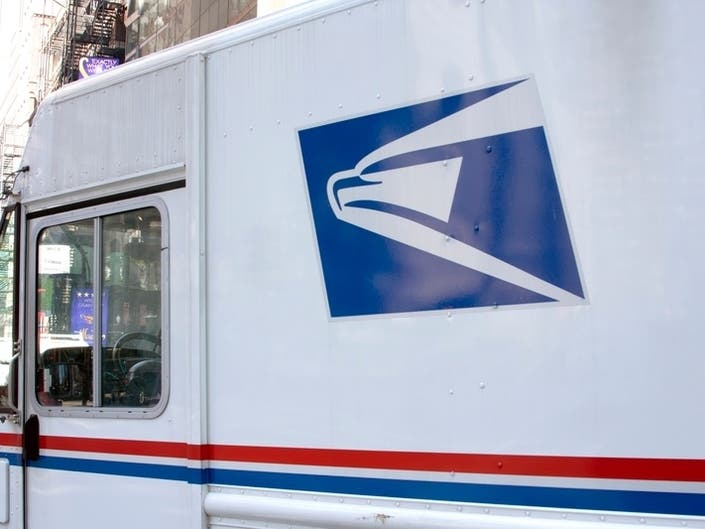 Brooklyn Mail Truck Crash Leaves Woman With $50K Bill: Lawsuit