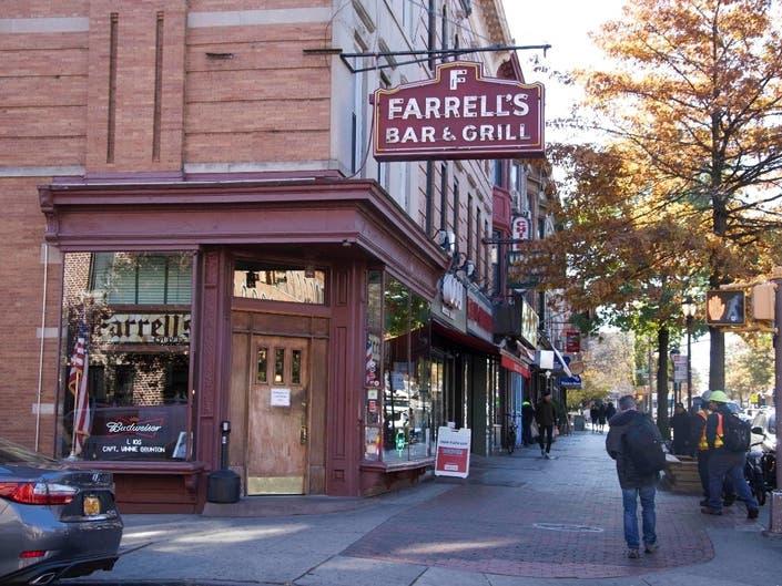 Brooklyn Changes, Farrells Remains: Film Honors 80-Yr.-Old Bar