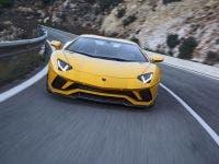 ... Lamborghini Aventador S Makes U.S. Debut In Beverly Hills 1