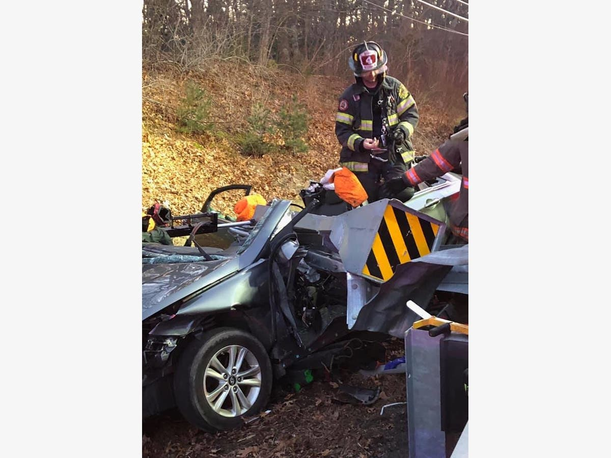 Driver Trapped By Guardrail In Serious South Kingstown Crash