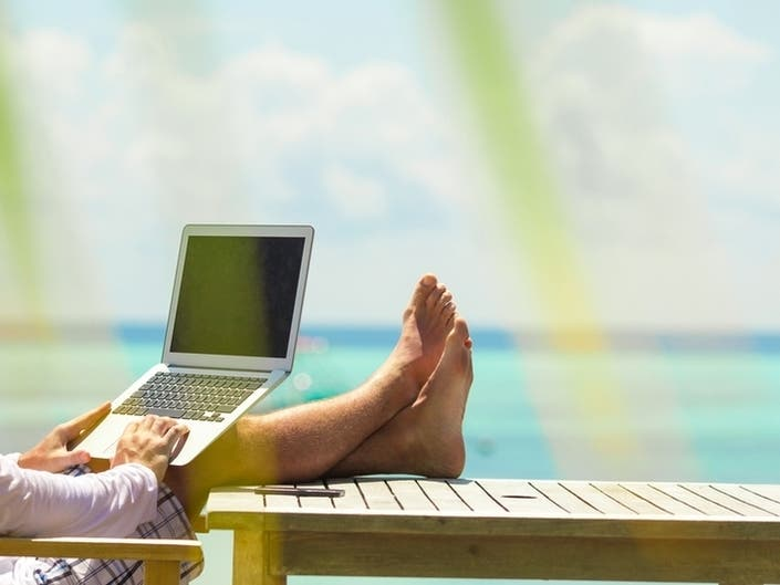 Enjoy Free WiFi At Eastons Beach This Summer